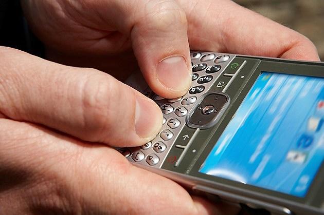 mobile tweeter