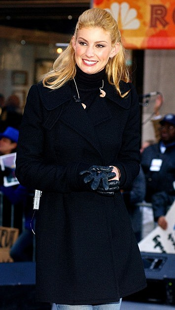Musician Faith Hill performs for the NBC Today Show 'Rocktober Concert Series' at Rockefeller Center October 18, 2002 in New York City.