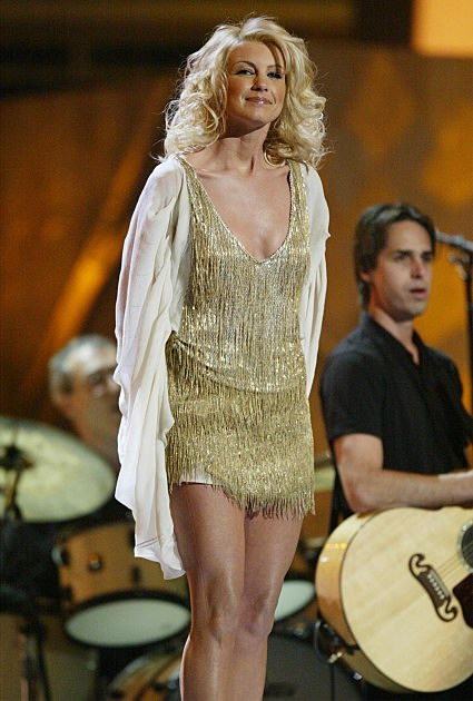 Faith Hill performs during the 45th Annual Grammy Awards at Madison Square Garden on February 23, 2003 in New York City.