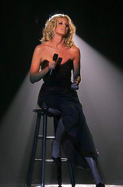 Singer Faith Hill performs on stage at the 'Fashion Rocks' concert held at Radio City Music Hall on September 8, 2004 in New York City.