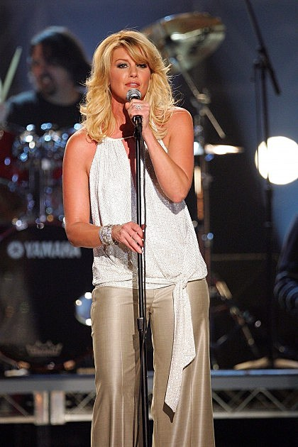 Singer Faith Hill performs onstage during the 42nd Annual Academy Of Country Music Awards held at the MGM Grand Garden Arena on May 15, 2007 in Las Vegas, Nevada.