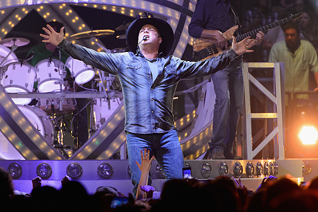 Garth Brooks World Tour Opening Night - Rosemont, IL
